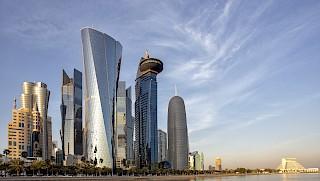 Hohe Gebäude der Skyline von Doha