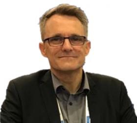 Andreas Schwertweger Marinelogistiker bei Crane Worldwide Logistics