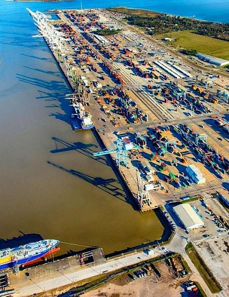 Port Houston cierra debido a la tormenta tropical Nicholas